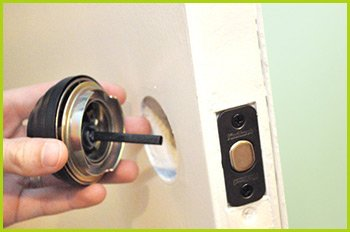 Expert Locksmith Services Cincinnati, OH 513-988-4098